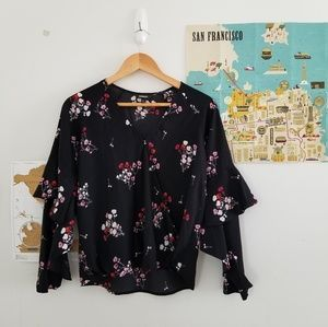 express • floral ruffle sleeve